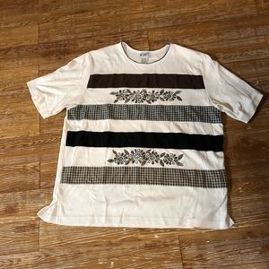 Koret T-shirt XL white with checked decoration
